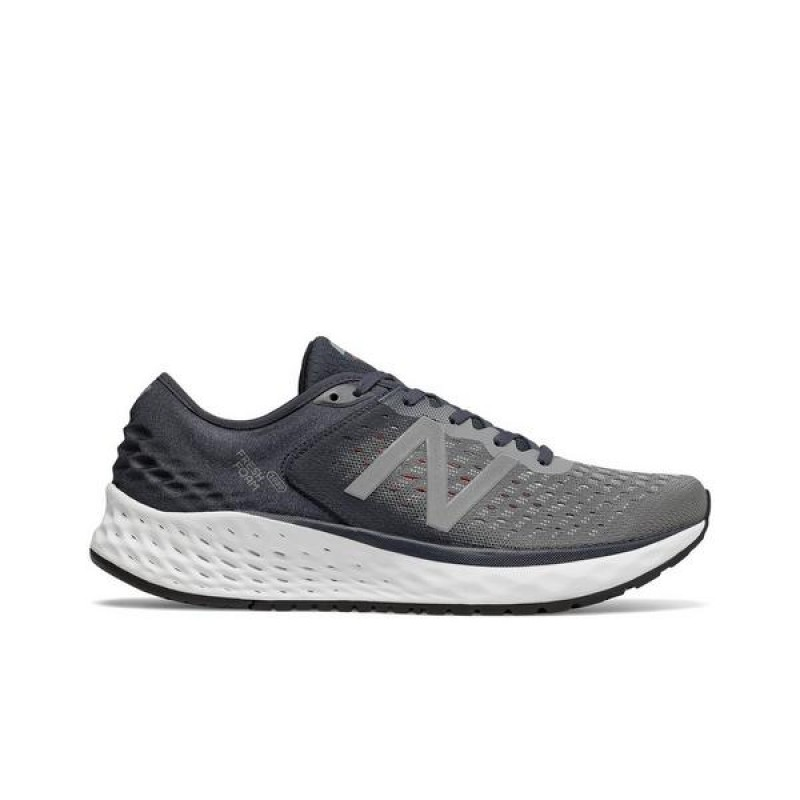 New Balance Homme Fresh Foam M1080GR9 Baskets - Gris