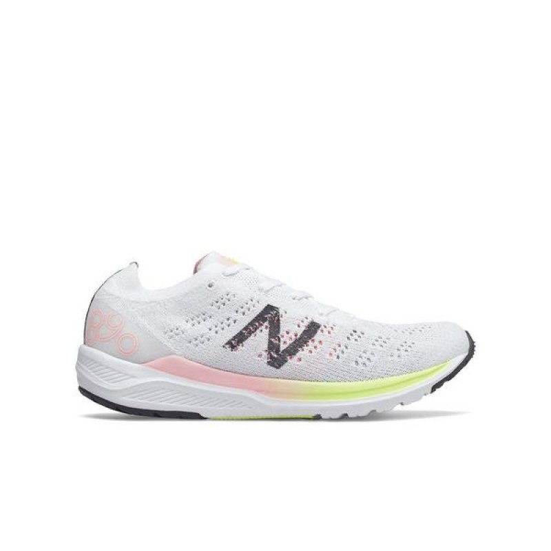 "New Balance 890v7 ""Blanche/Guava Glow"" Femme Baskets"